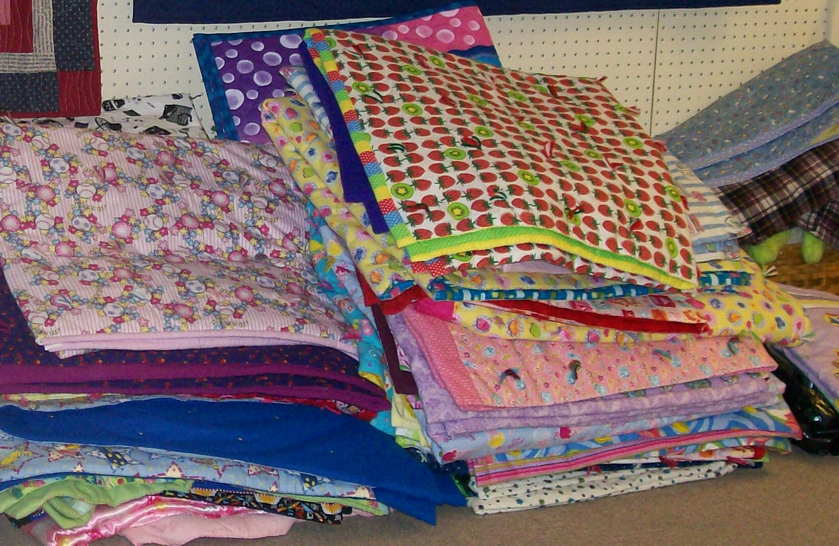 Quilting News | Quilters Showcase : linus project quilts - Adamdwight.com
